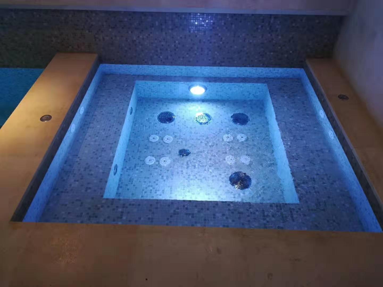 别墅私家SPA泡池